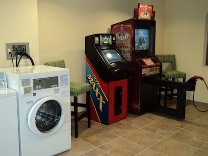 Laundry Room | Holiday Inn Express Hotel and Suites Scranton