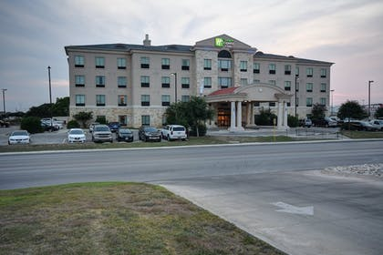 Exterior | Holiday Inn Express Hotel and Suites Del Rio
