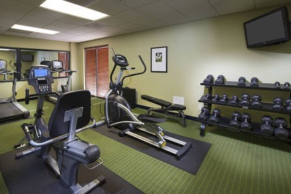 Sports Facility | Fairfield Inn & Suites by Marriott Charleston Airport/Conven
