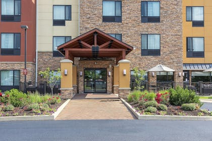 Exterior | TownePlace Suites Fort Wayne North