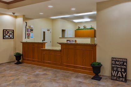 Lobby | Candlewood Suites Decatur Medical Center