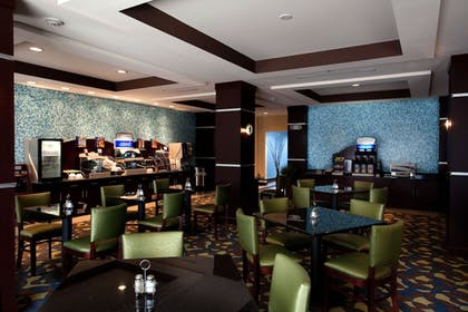 Dining | Holiday Inn Express Hotel & Suites Tullahoma