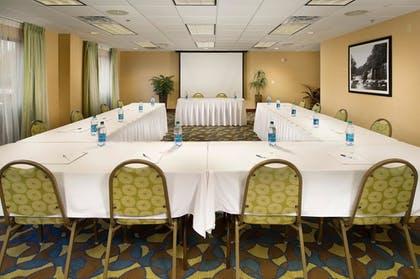 Meeting Facility | Holiday Inn Express Hotel & Suites Tullahoma