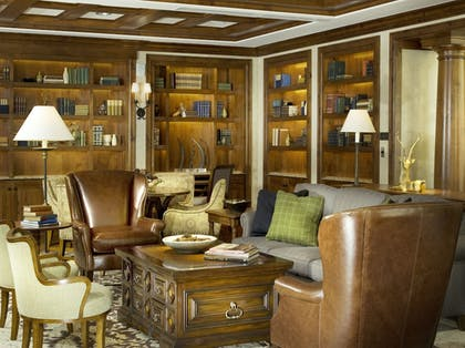Library | Legendary Lodging at the Ritz-Carlton Residences