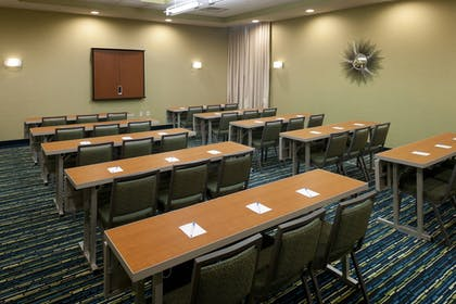 Meeting Facility | Springhill Suites by Marriott Alexandria Old Town/Southwest