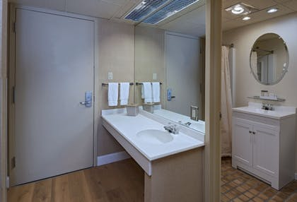 Bathroom | Mountain Laurel Resort