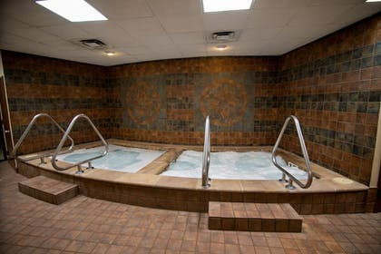 Indoor Spa Tub | Mountain Laurel Resort