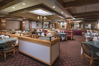 Restaurant | Mountain Laurel Resort