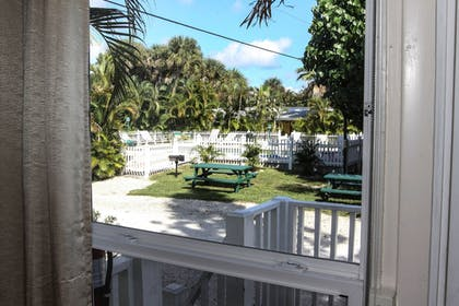 Guestroom View | Anchor Inn and Cottages