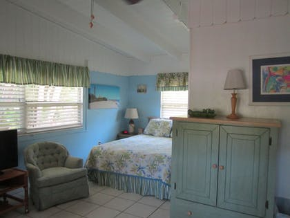 Living Area | Anchor Inn and Cottages