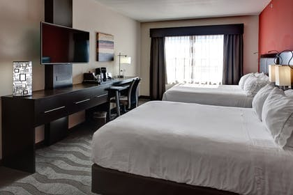 Guestroom | Holiday Inn Express & Suites Wichita Northwest