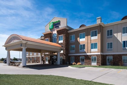 Featured Image | Holiday Inn Express & Suites Wichita Northwest