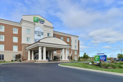 Exterior | Holiday Inn Express Hotel & Suites Terre Haute