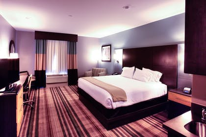 Guestroom | Holiday Inn Express Hotel & Suites Amarillo West