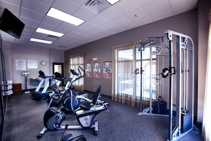 Sports Facility | Holiday Inn Express Hotel & Suites Amarillo West