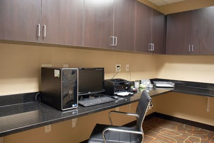 Business Center | Holiday Inn Express Tulsa South Bixby