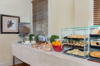 Breakfast Meal | The Southernmost Inn-Adults Only