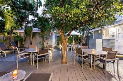 Courtyard | The Southernmost Inn-Adults Only