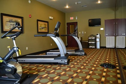 Fitness Facility | Holiday Inn Express Heber Springs