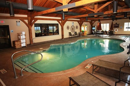 Pool | Holiday Inn Express Hotel & Suites Donegal