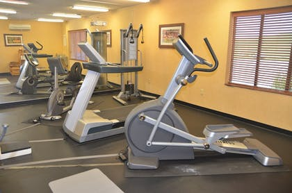 Fitness Facility | Holiday Inn Express Hotel & Suites Donegal