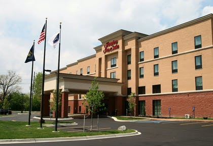 | Hampton Inn and Suites Detroit/Chesterfield Township