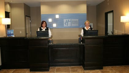 Interior | Holiday Inn Express Arkadelphia - Caddo Valley