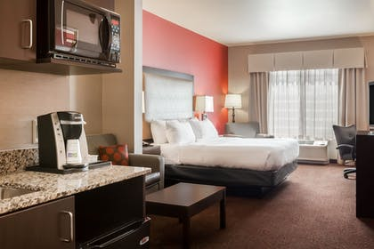 Guestroom | Holiday Inn Express Hotel & Suites Missoula