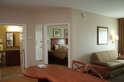 Bathroom | Candlewood Suites Avondale - New Orleans