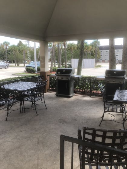 BBQ/Picnic Area | Candlewood Suites Avondale - New Orleans