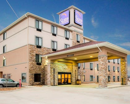 Featured Image | Sleep Inn & Suites Fort Campbell