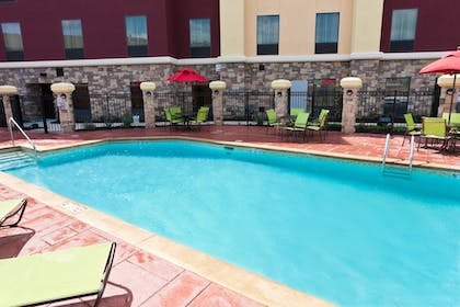 Outdoor Pool | Hampton Inn & Suites Tulsa Central