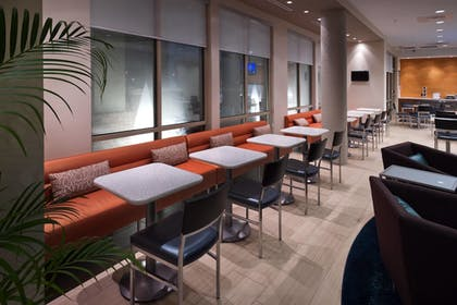 Breakfast Area | SpringHill Suites by Marriott Lafayette South at River Ranch