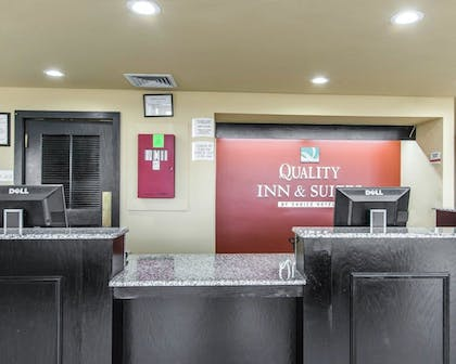 Lobby | Quality Inn & Suites Fairgrounds West