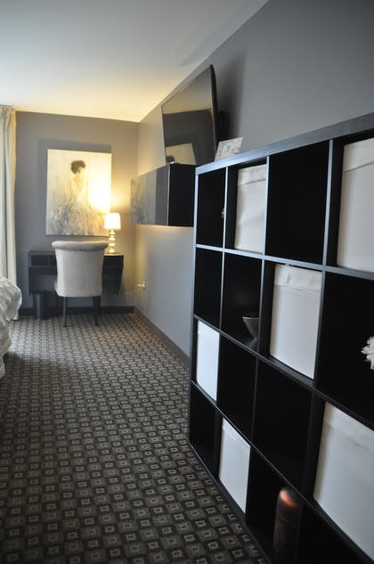 Guestroom | The Inn at Market Square