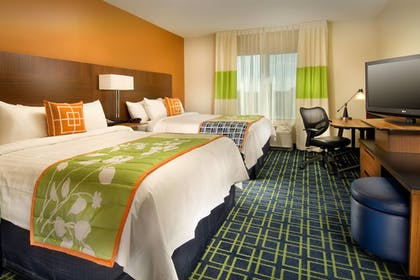 Guestroom | Fairfield Inn & Suites Baltimore BWI Airport