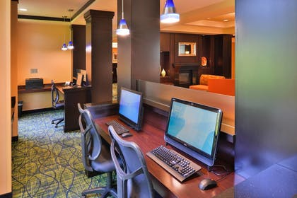 Business Center | Fairfield by Marriott Inn & Suites Tacoma Puyallup