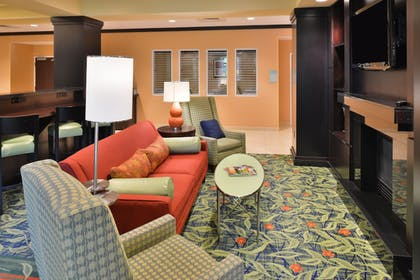 Lobby Lounge | Fairfield by Marriott Inn & Suites Tacoma Puyallup