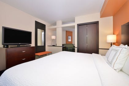 Guestroom | Fairfield by Marriott Inn & Suites Tacoma Puyallup