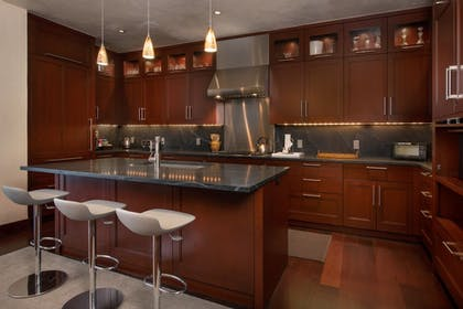 Private Kitchen | Solaris Residences