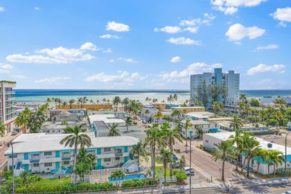 Featured Image | Hollywood Beachside Boutique Suites