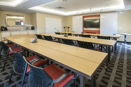 Meeting Facility | TownePlace Suites by Marriott Baton Rouge Gonzales