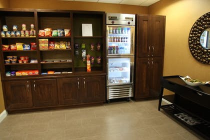 Gift Shop | Holiday Inn Express & Suites Huntsville Airport