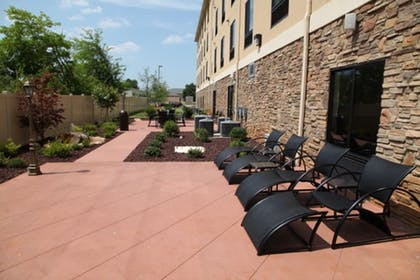 Balcony | Holiday Inn Express & Suites Huntsville Airport