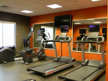 Fitness Facility | Holiday Inn Express & Suites Huntsville Airport