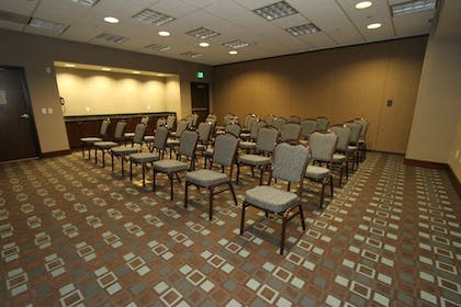 Meeting Facility | Hampton Inn & Suites Tacoma / Puyallup