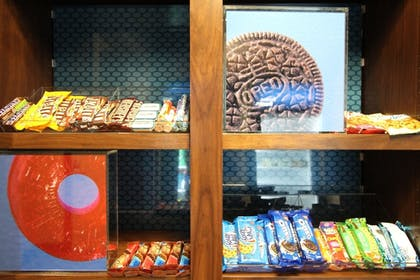 Snack Bar | Hampton Inn & Suites Tacoma / Puyallup