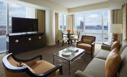   Suite, 1 King Bed (Harbor)   Four Seasons Hotel Baltimore