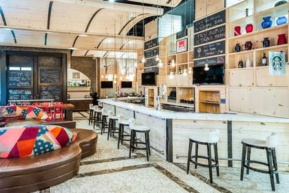 Hotel Bar | TRYP New York City Times Square South