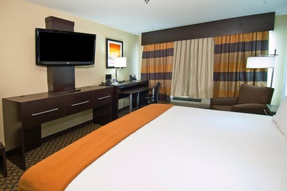 Room   Holiday Inn Express & Suites Jackson / Pearl Intl Airport